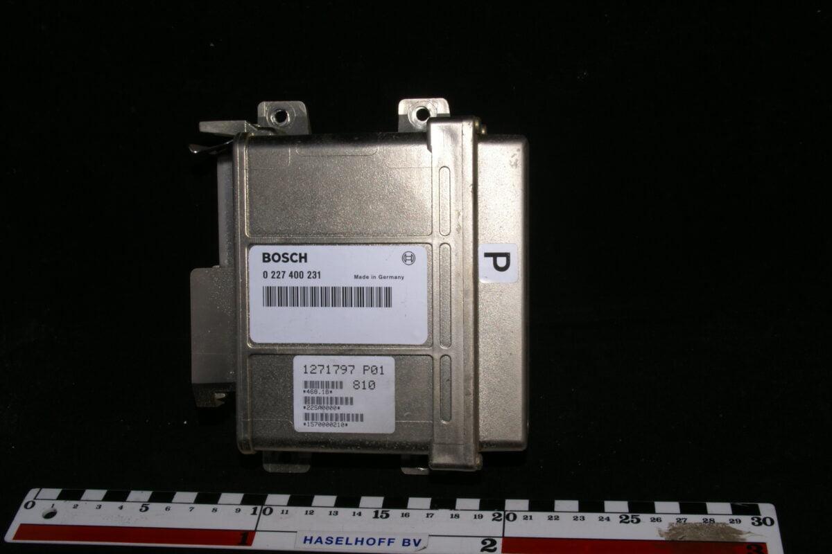 computer P02 Bosch 0227400231-0