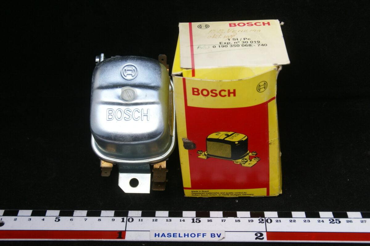 Bosch spanningsregelaar B18/20 gelijkstroom 12V -0