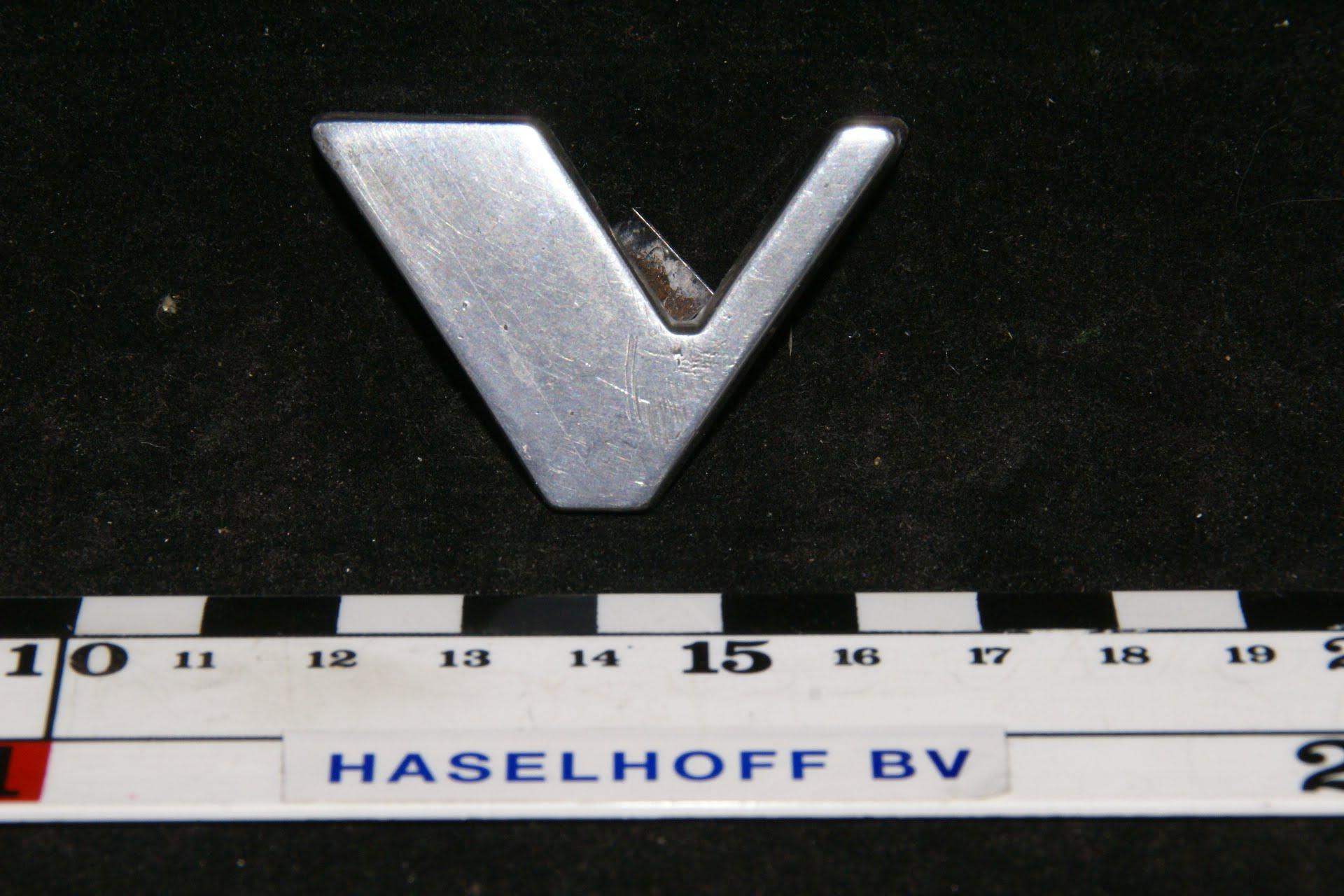 V embleem motorkap 141100-0274-0