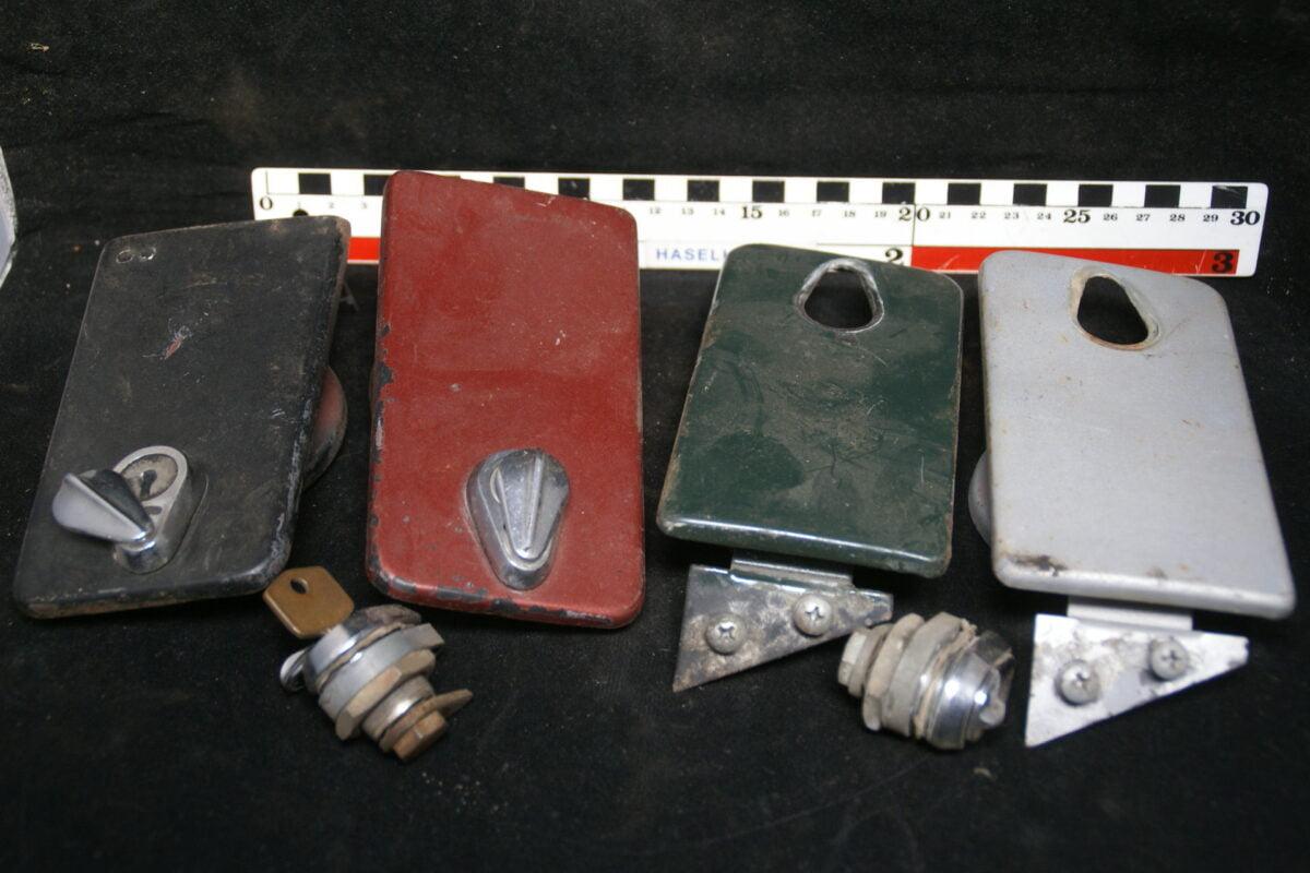 benzineluikje zonder slot 180514-5342-0