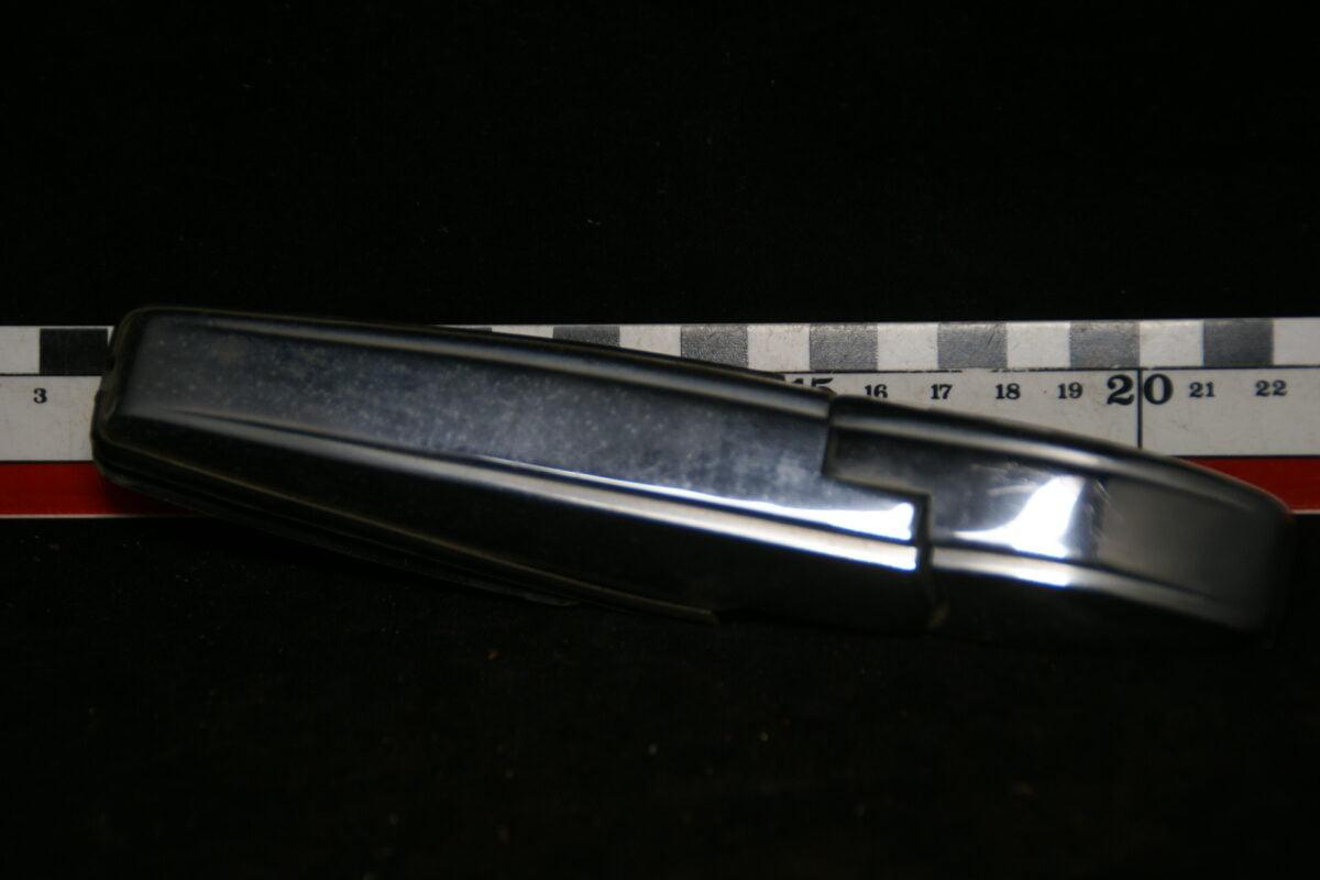 origineel scharnier achterruit rechts 180516-5413-0