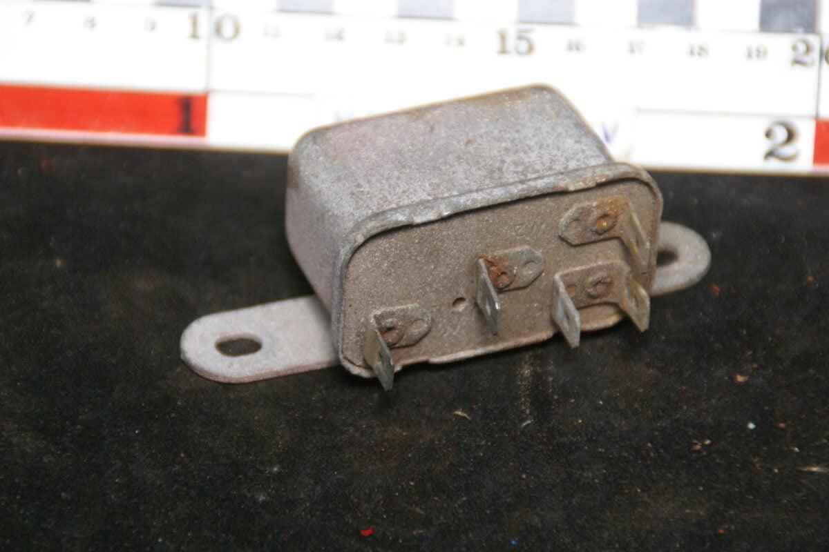 origineel relais 4-polig 180516-5448-0