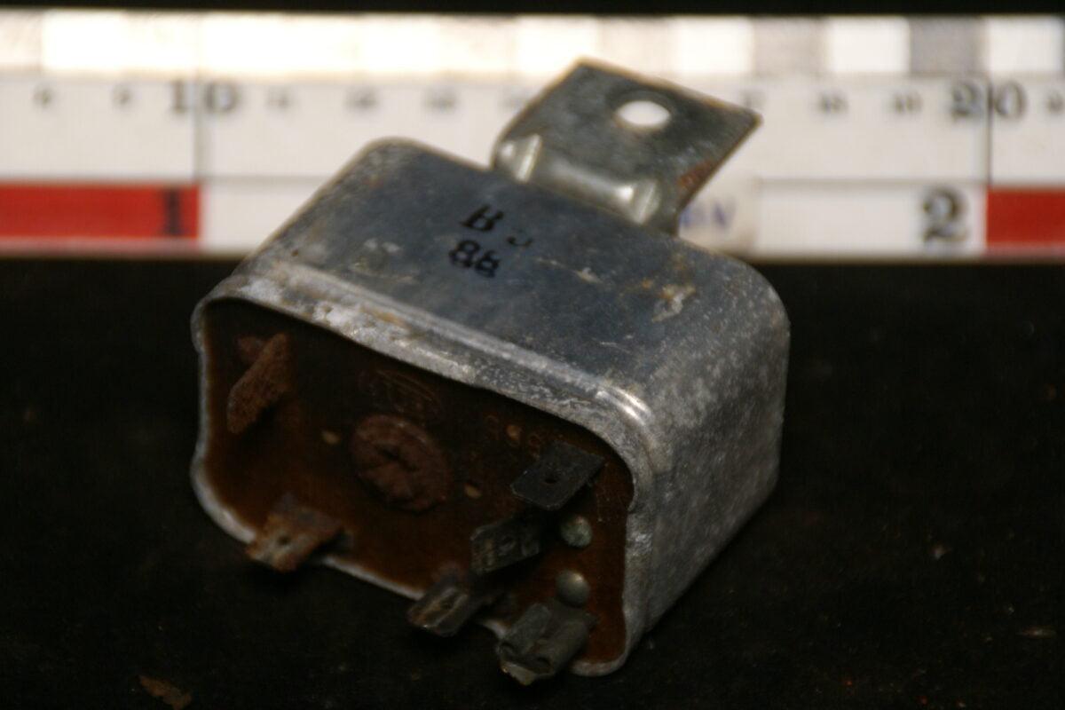 origineel relais 6-polig 180516-5452-0