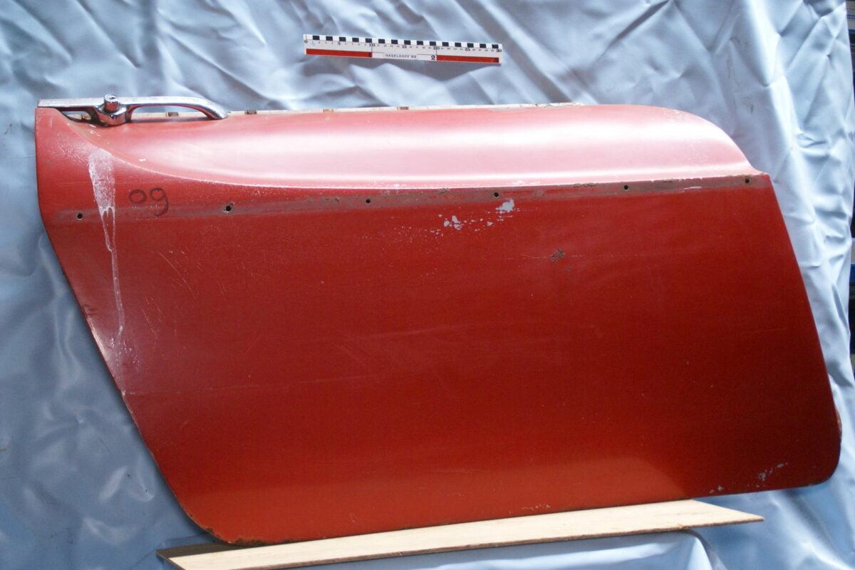 portier rechts rood alleen plaatwerk 1900portier09-0