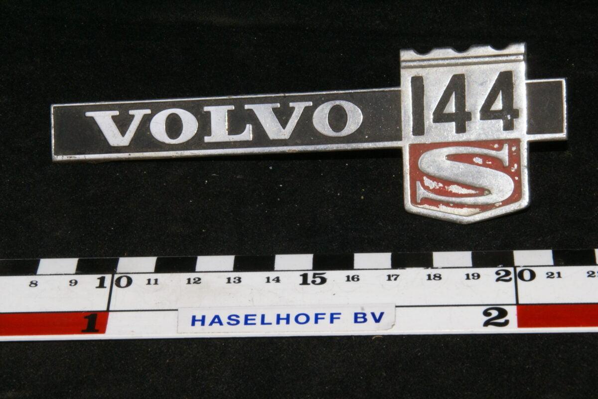 spatbord embleem VOLVO144S 141100-0404-0