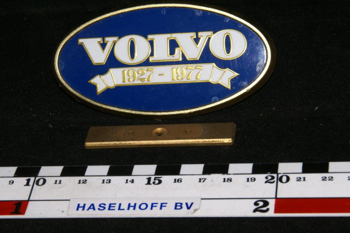 achter embleem VOLVO1927-1977 141100-0473-0