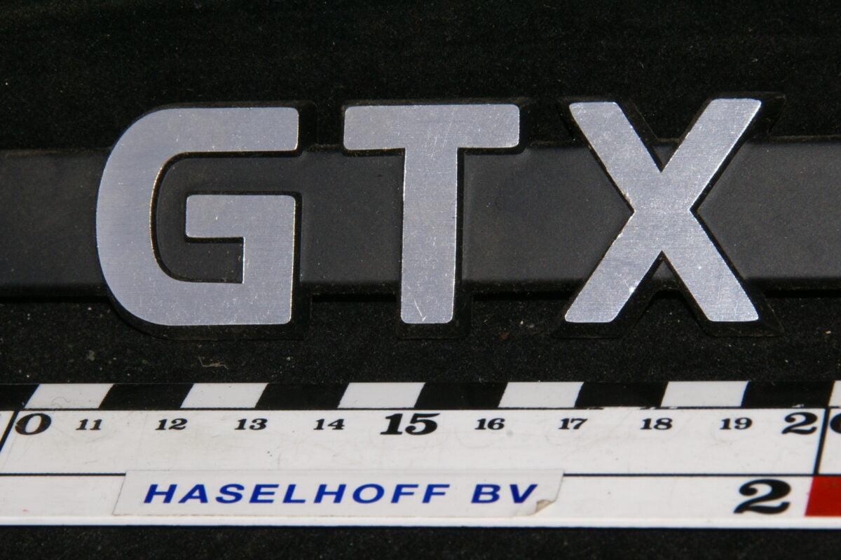 spatbord embleem (NOS) GTX 141100-0487-0