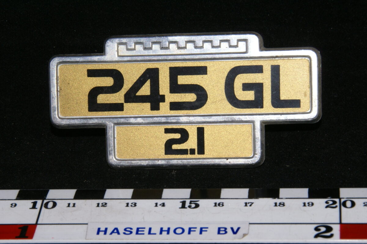 embleem spatbord 245GL/2.1 141100-0529-0