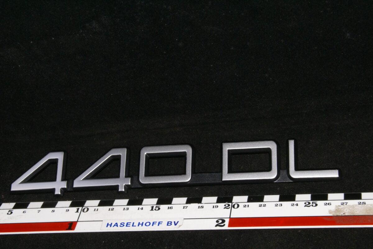 embleem kofferdeksel 440DL 141100-0613-0