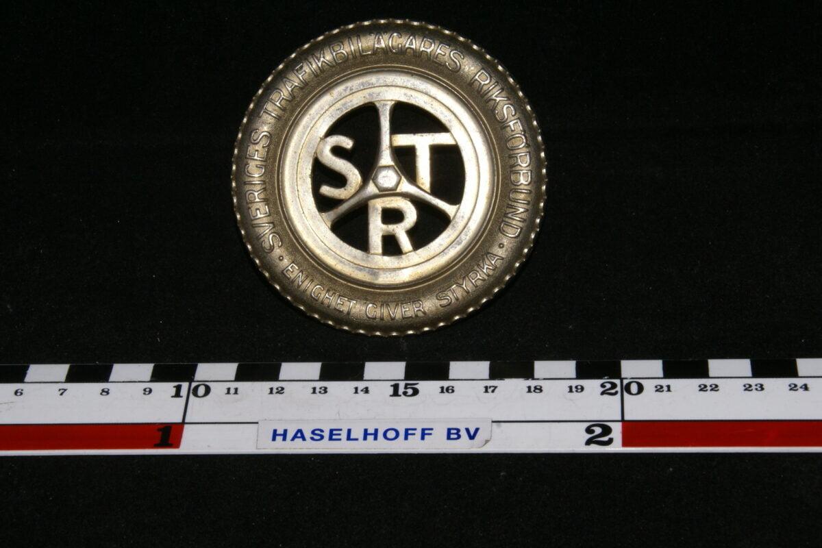 badge STR SVERIGES TRAFIKBILÄGERES RIKSFORBUND *** 141100-0711-0