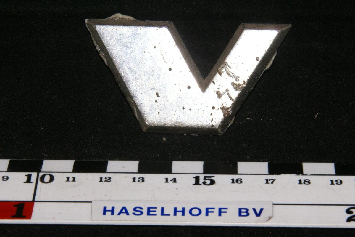 embleem motorkapletter V 141100-0824-0