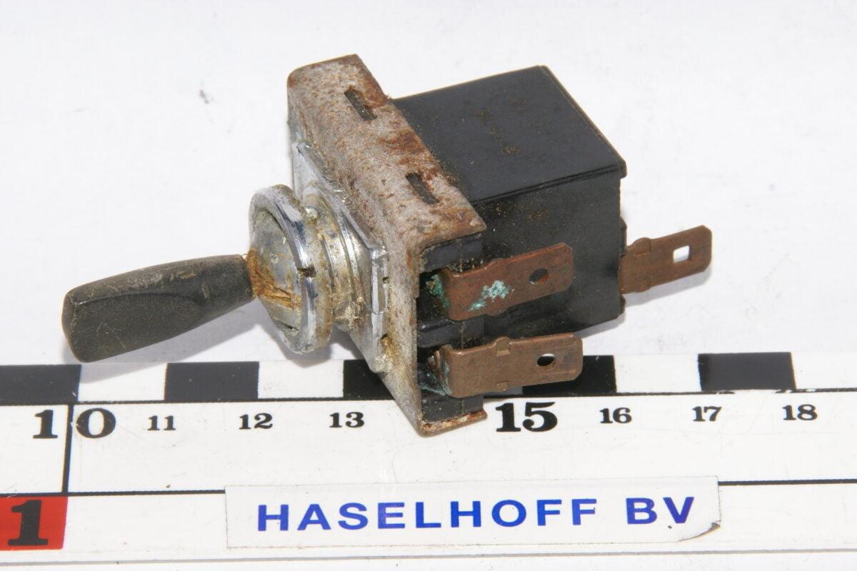 schakelaar aan-uit 3-polig 160113-2237-0