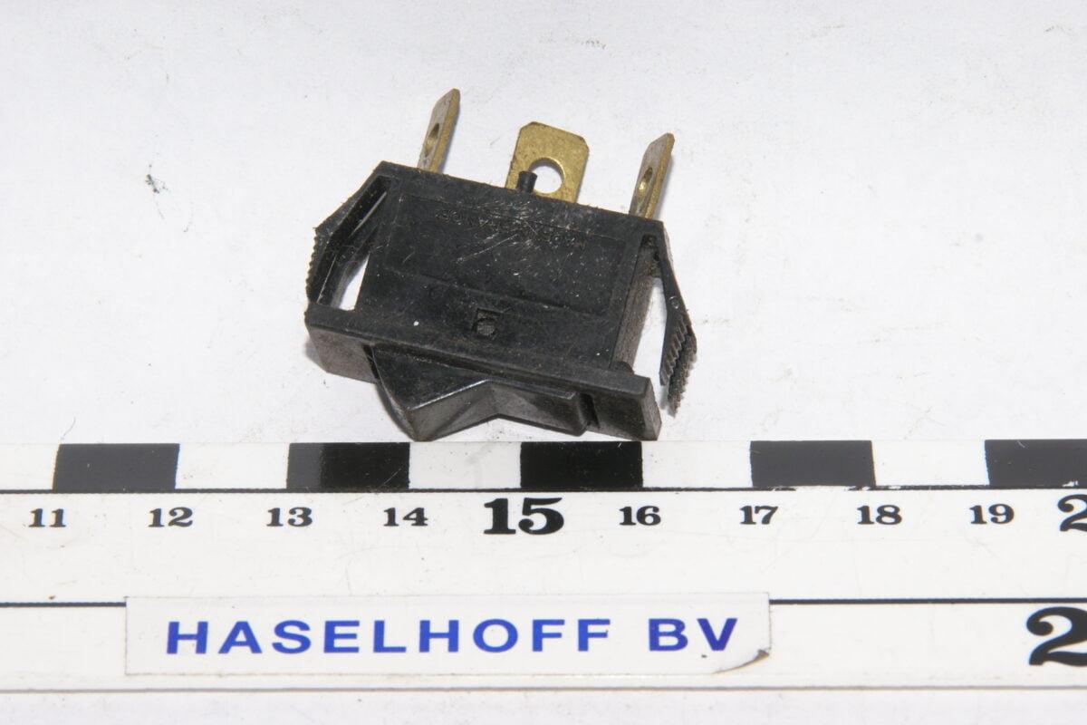 schakelaar aan-uit 3-polig 160113-2243-0
