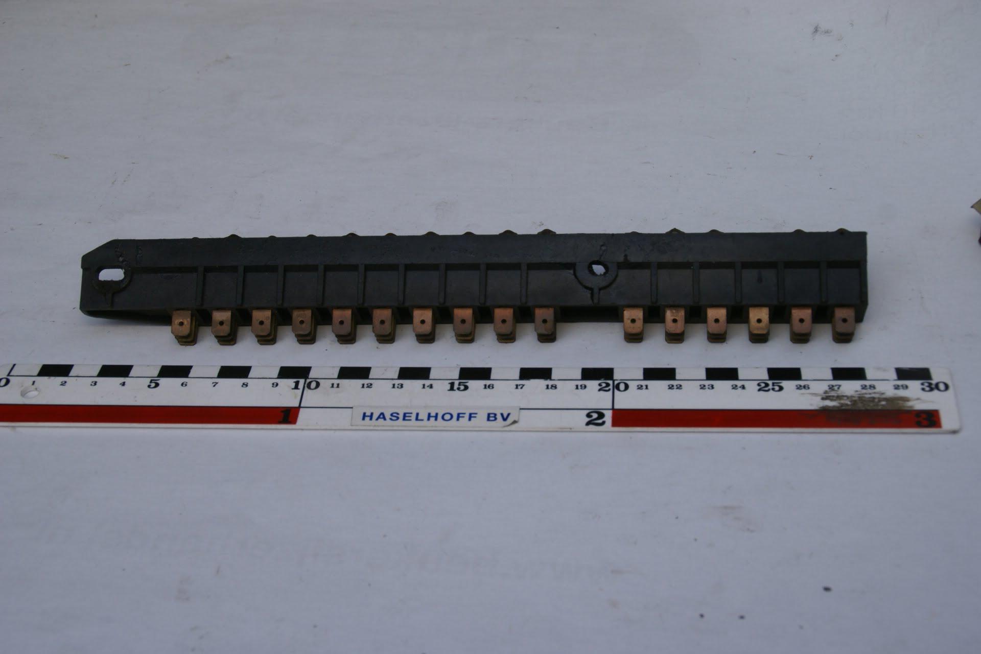 zekeringkast zwart 16 zekeringen 160307-3601-0