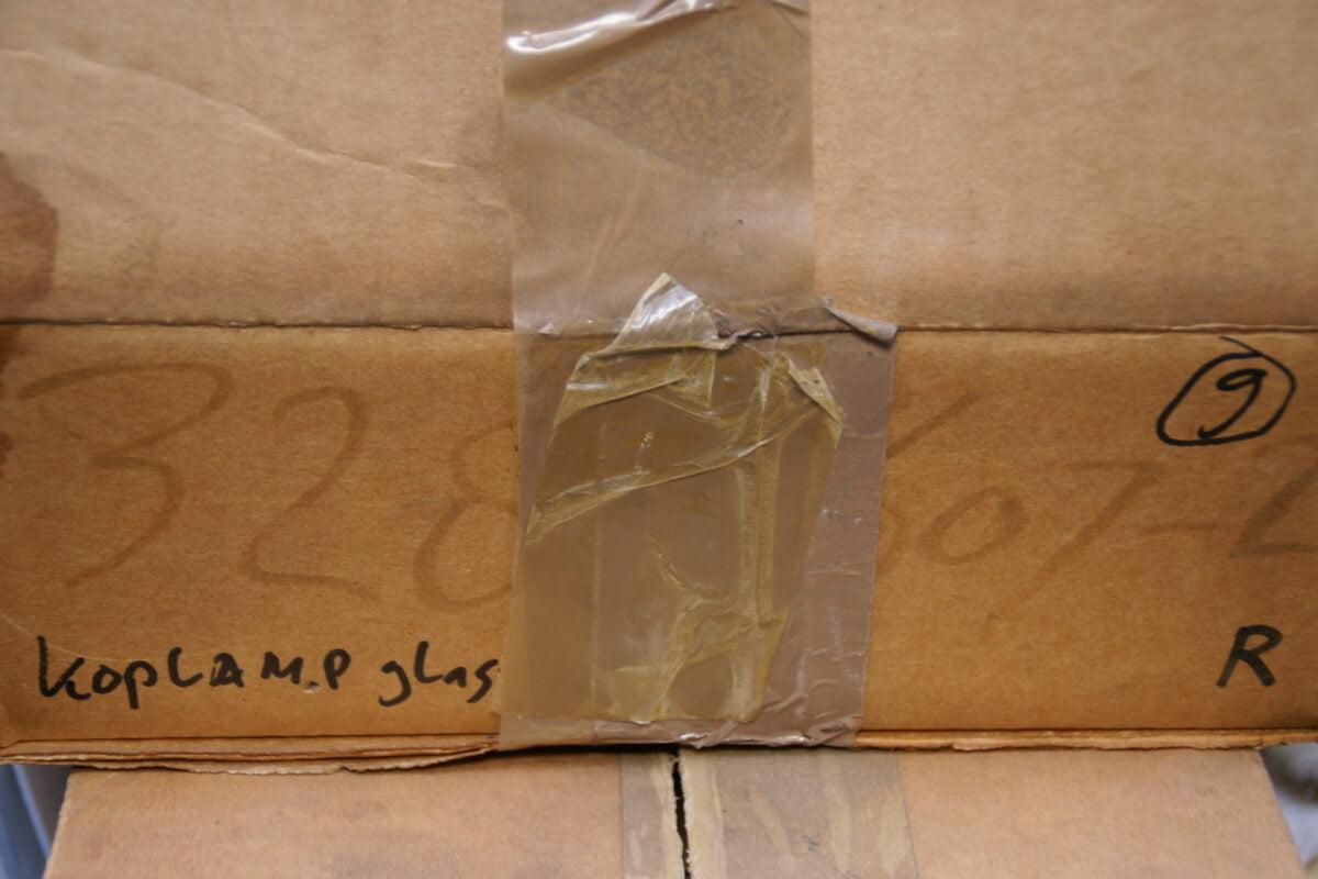 koplampglas rechts in doos 328607-0
