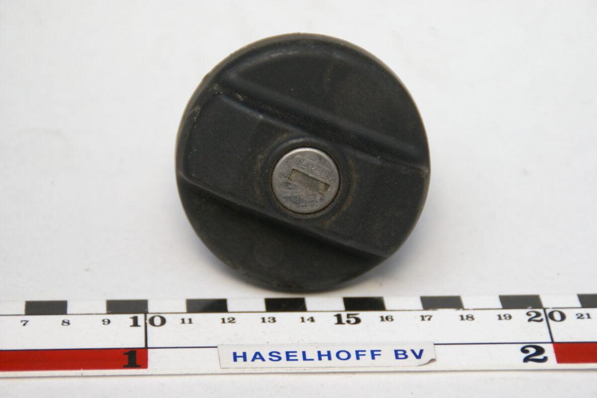 benzinedop zwart 160411-3933-0