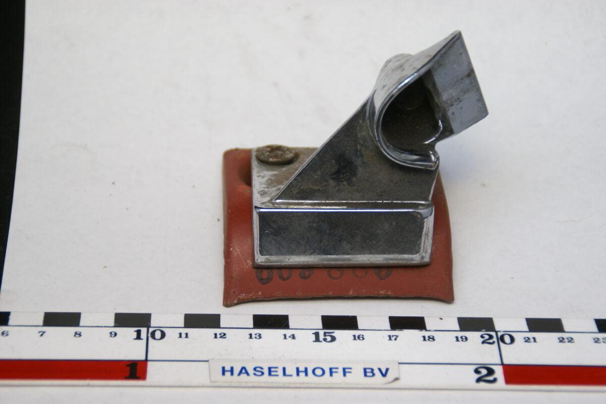 vangbeugel achterbank met onderplaat 160411-3940-0
