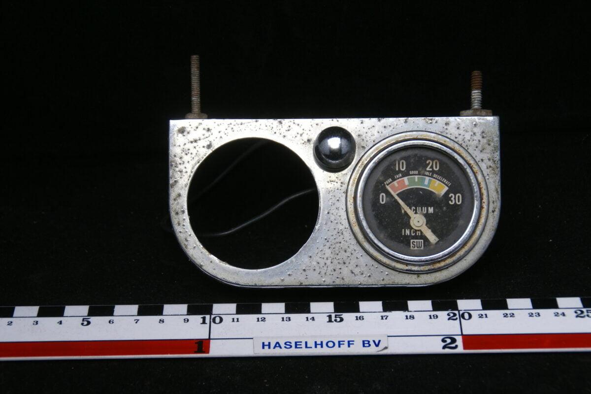 paneel met lampje en vacuummeter chroom met glas en chroomrand 160413-4002-0