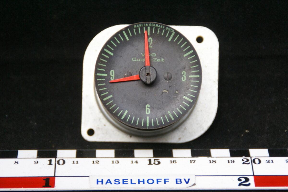 VDO uartz klok inbouw 160413-4028-0