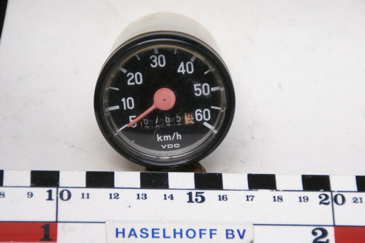 VDO snelheidsmeter met tlwerk met glas en chroomrand ca 52mm 160413-4054-0