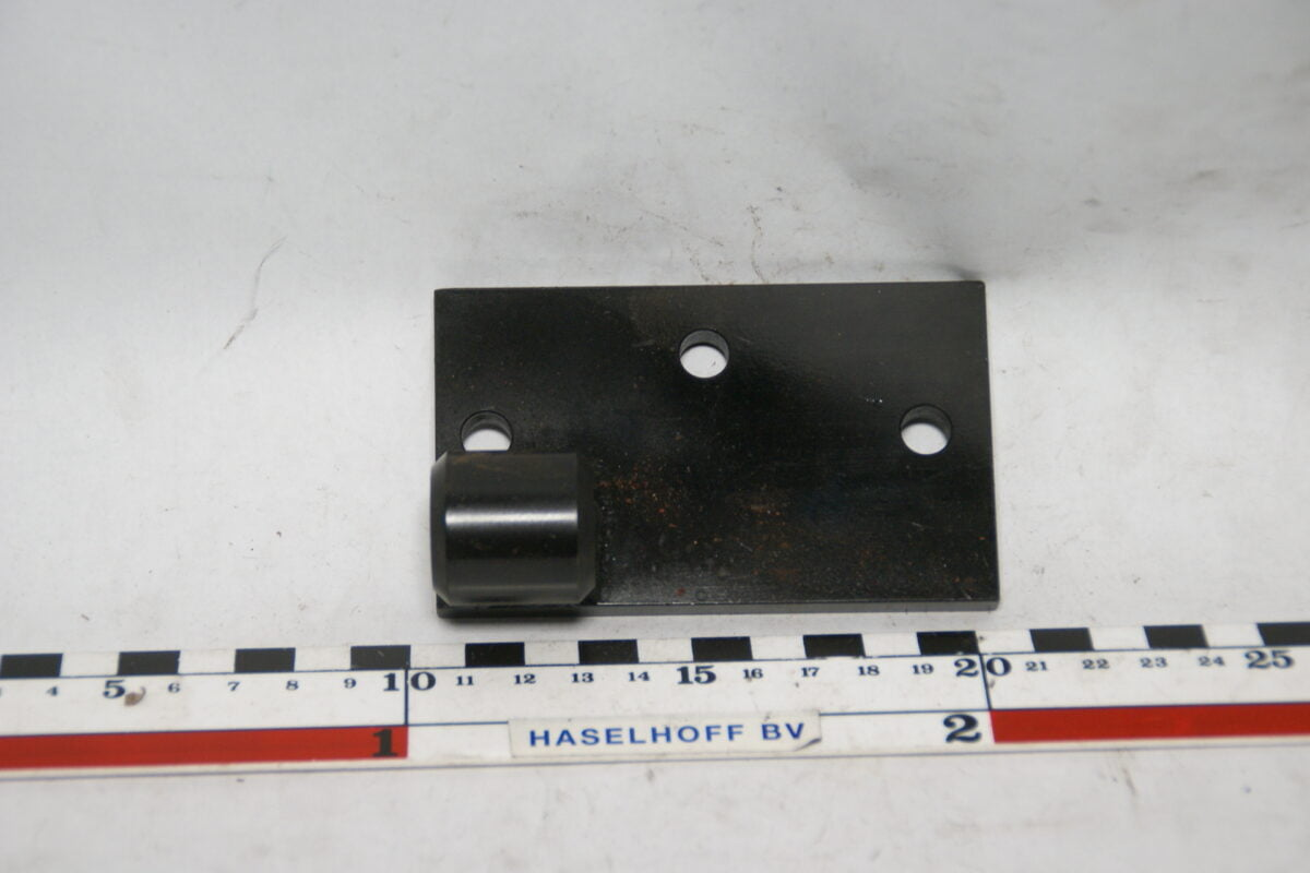 beugel voor wisselstroomdynamo op B18 motorblok 160627-5612-0
