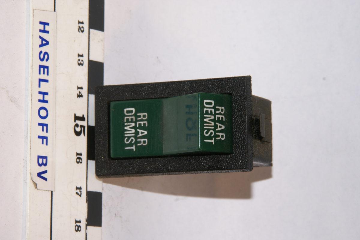 schakelaae rear demist 160106-2056-0