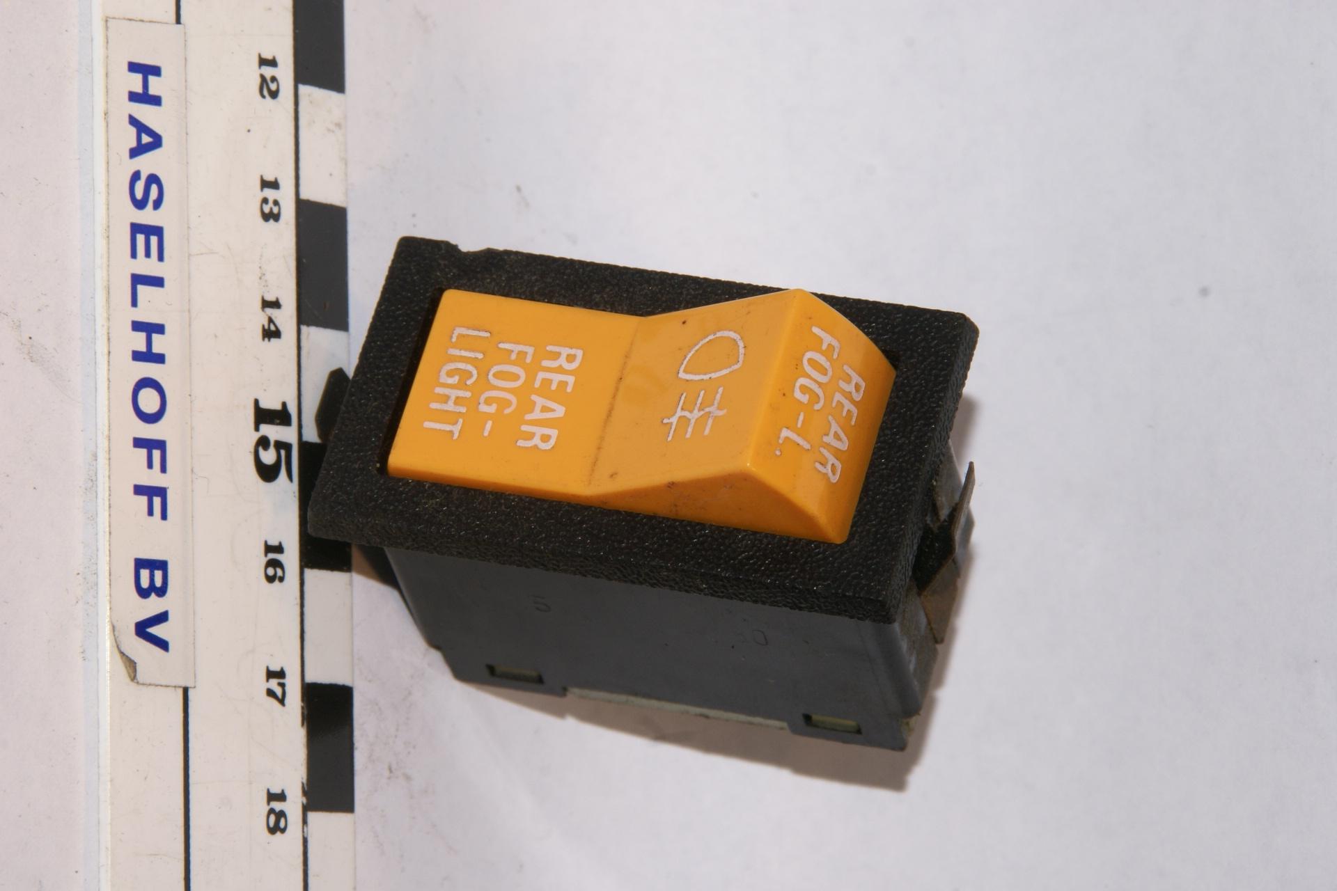 schakelaar rear foglight geel 160106-2062-0
