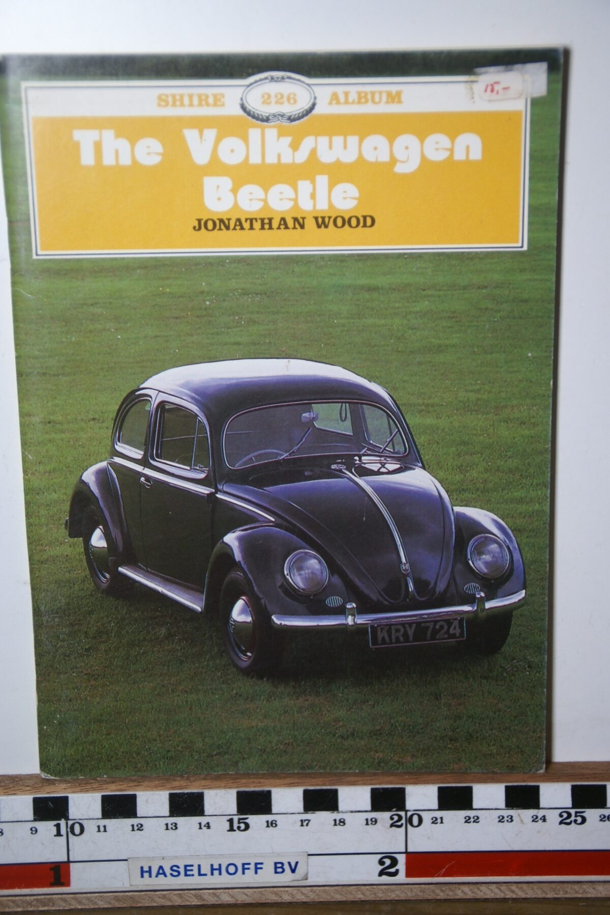 Jonathan Wood The Volkswagen Beetle 180205-3701-0