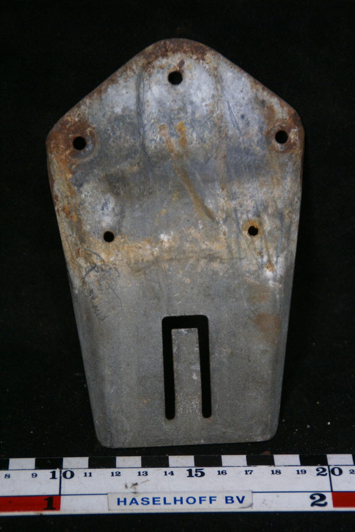 houder ruitensproeiertank 180709-5952-0