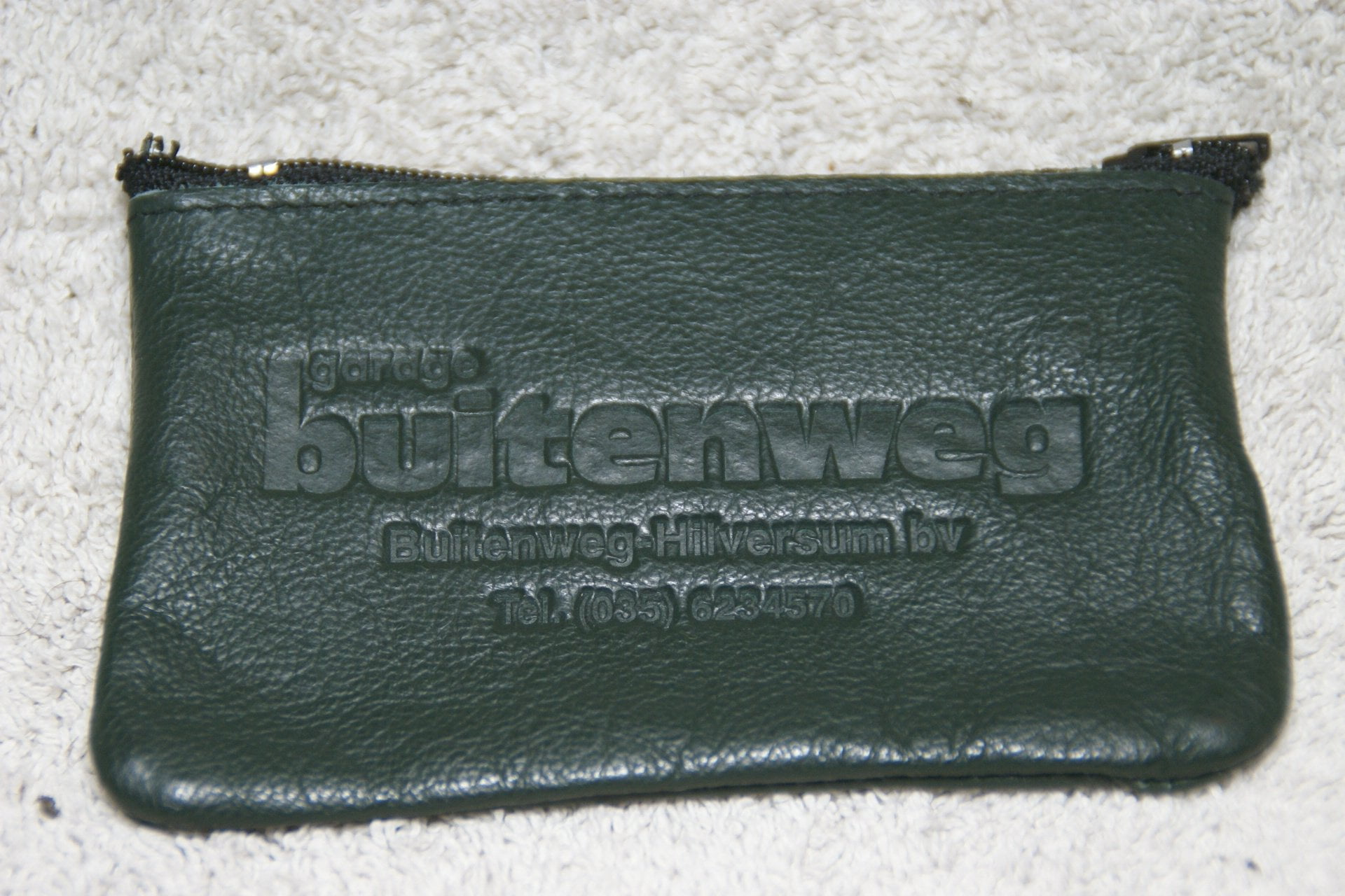 DSC07190 sleutel etui grijs Volvo Buitenweg - kopie