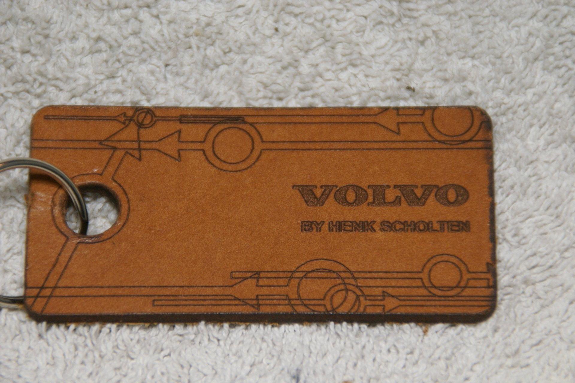 DSC07192 Volvo sleutelhanger leer Scholten - kopie