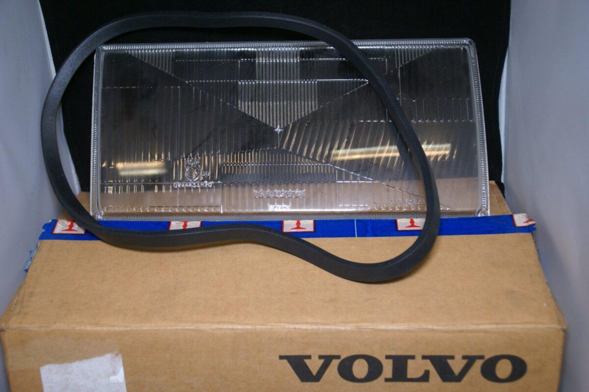 DSC00004 koplampglas Volvo 740 NOS