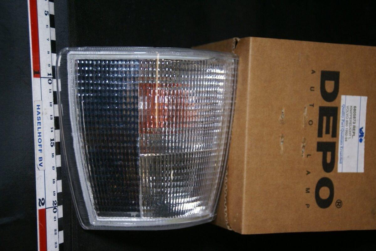 DSC00018 Volvo 850 richtingwijzer links