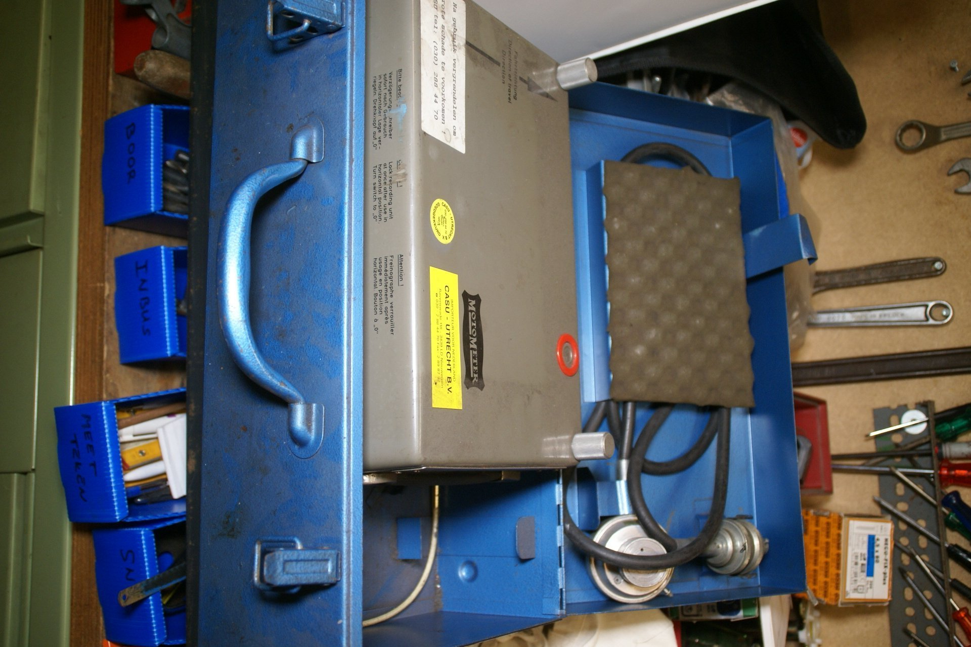DSC00092 Motometer remvertragings meter in kist