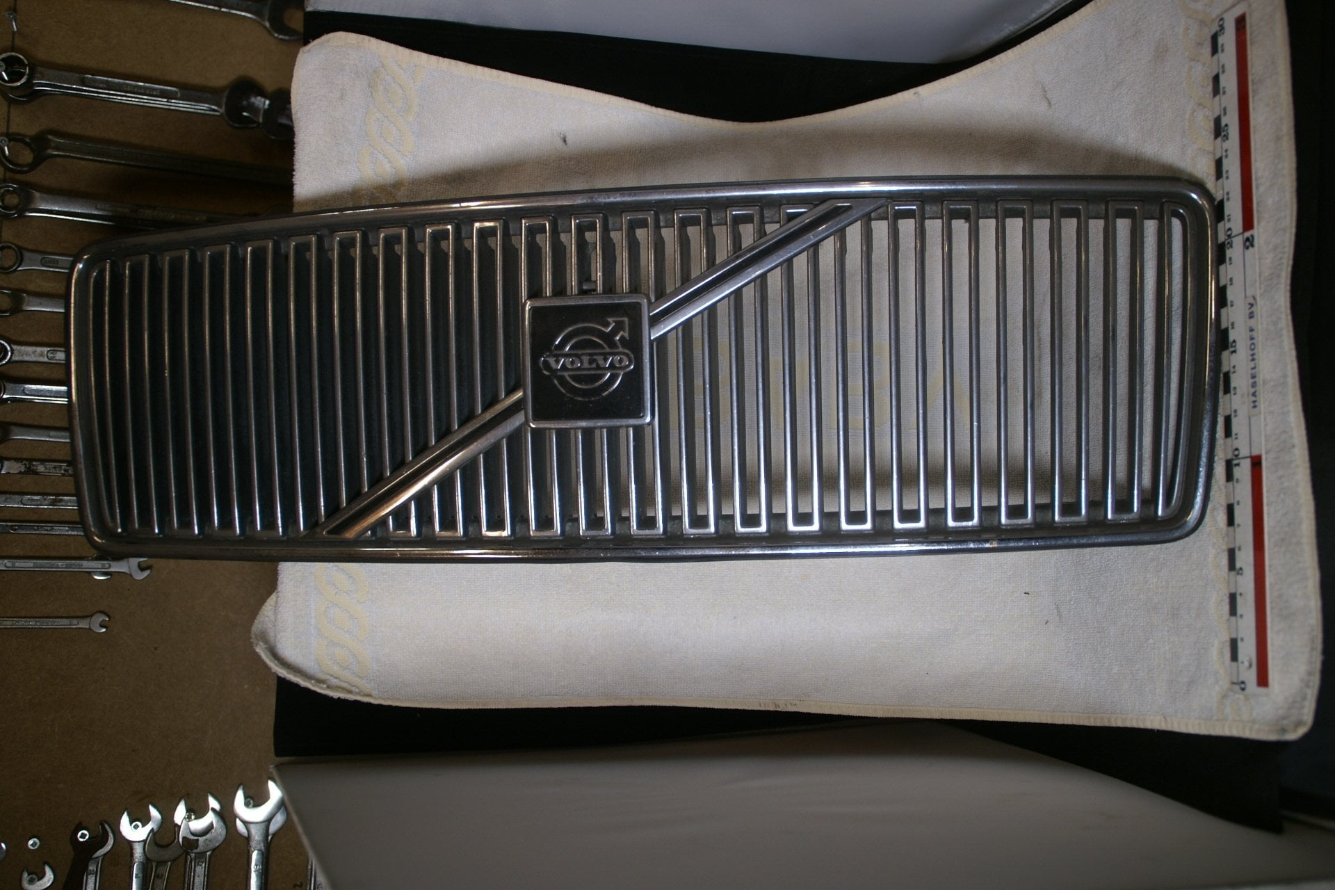 DSC00099 Grille Volvo V70