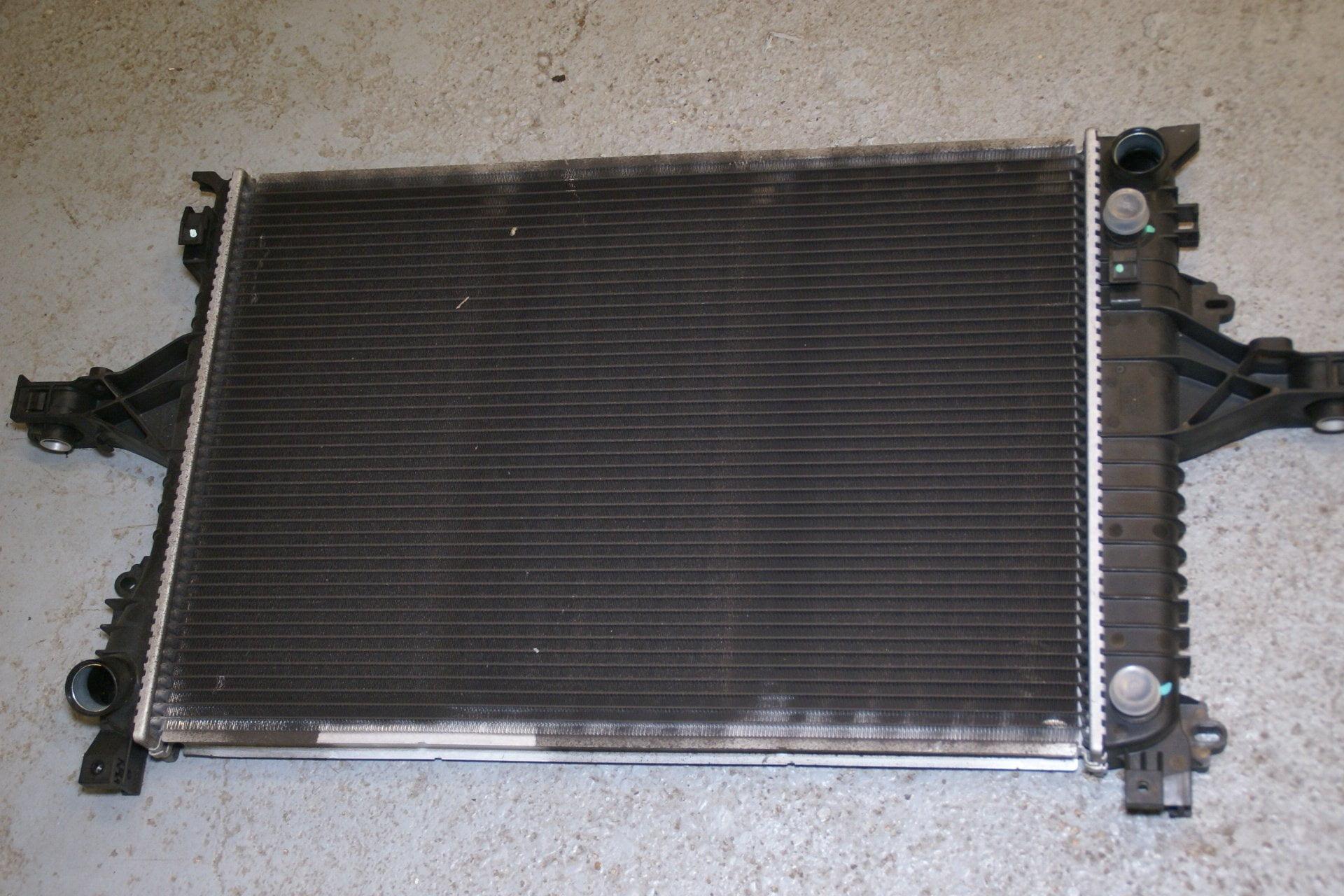 DSC00116 radiateur 30714122 Volvo S60 automaat