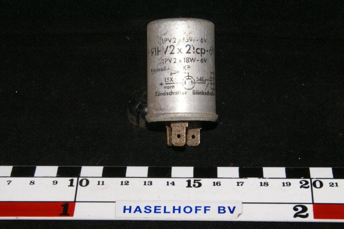 DSC00916 flasher  Volvo91 PV 2 21cp 6V