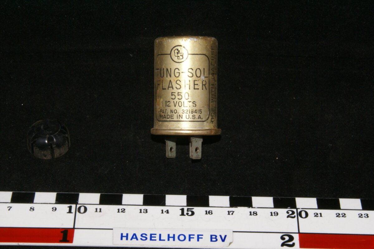 DSC00922 flasher Volvo 550