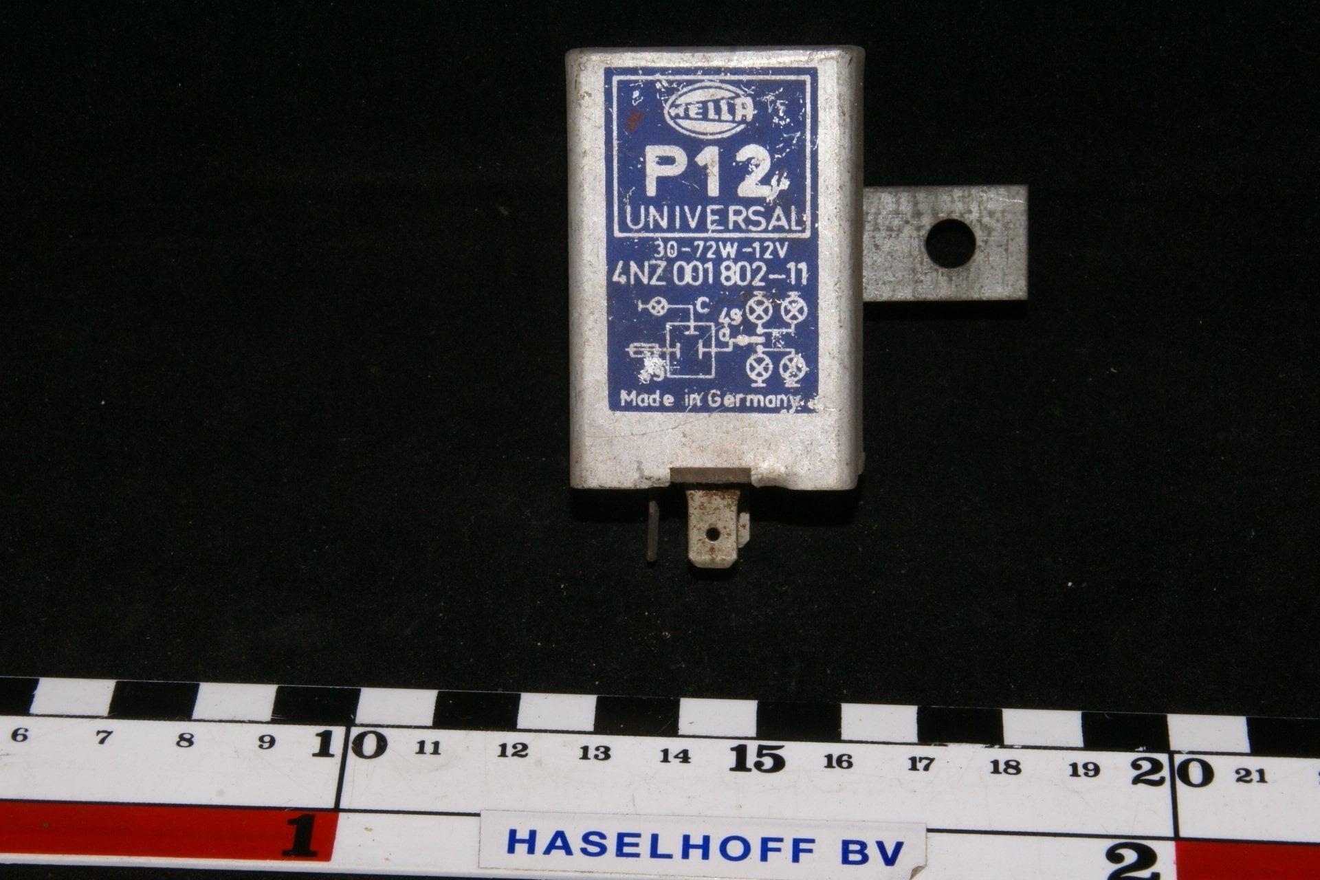 DSC00934 relais Volvo Hella 4NZ001802