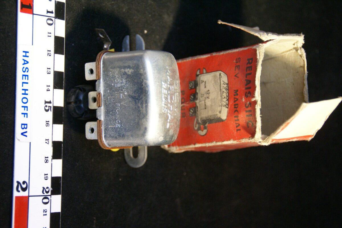 DSC00953 relais SEV Marechal 12 V