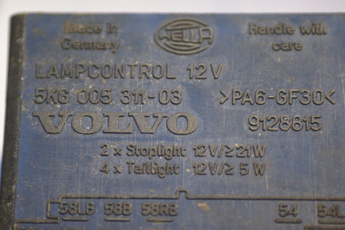 DSC00957 relais Volvo lampcontrol 9128815