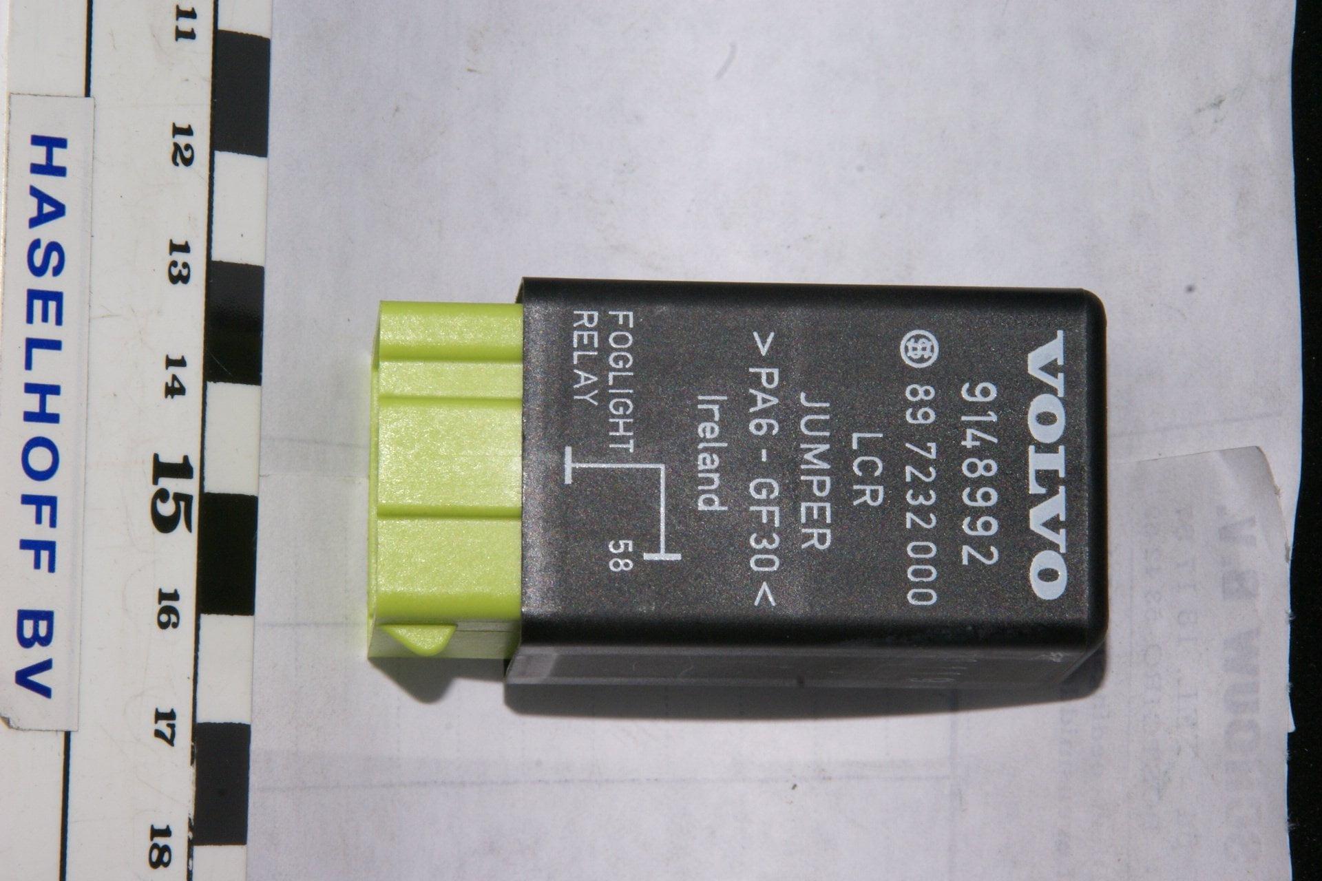 DSC00970 relais Volvo 9148992 NOS