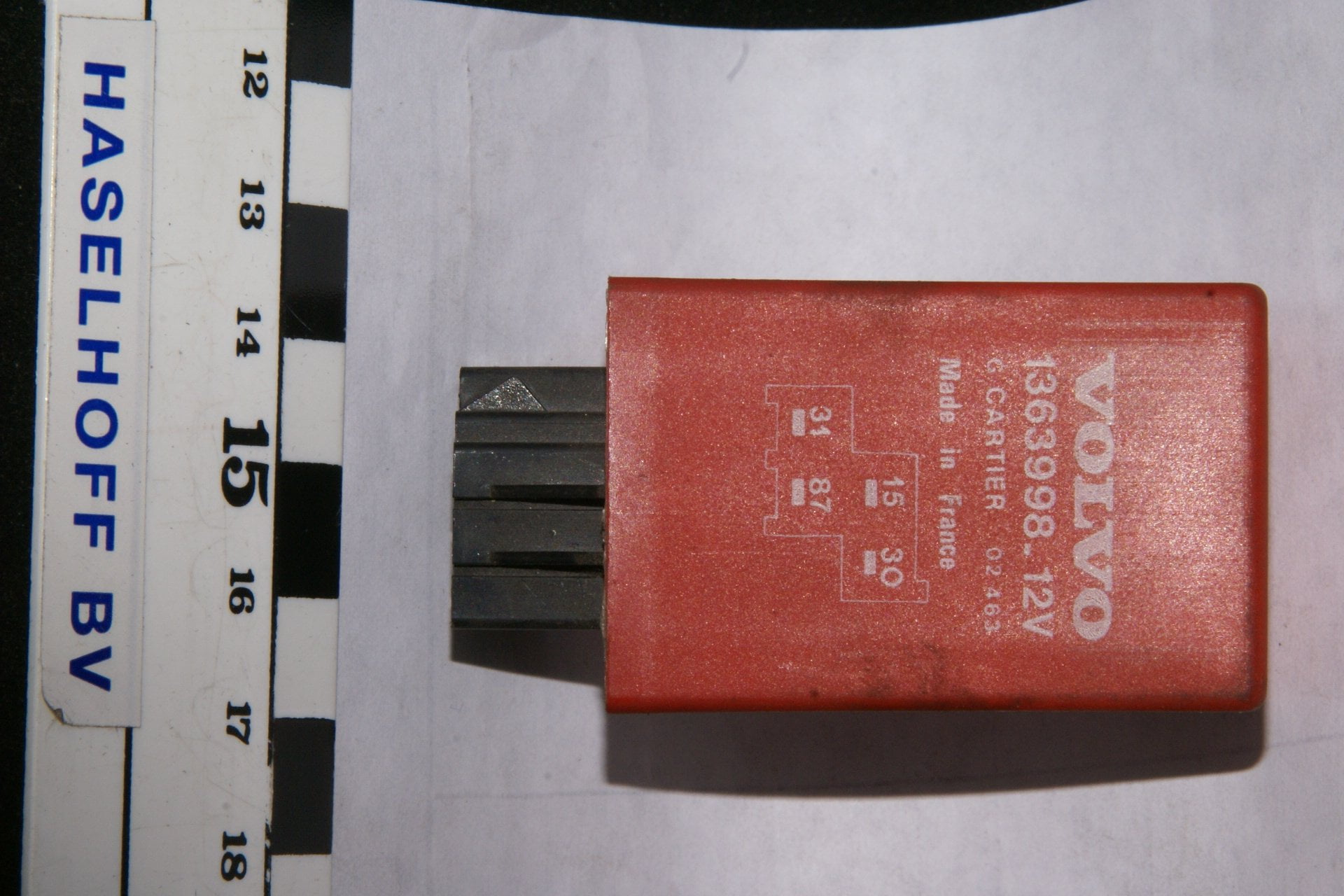 DSC00998 relais Volvo 1363998