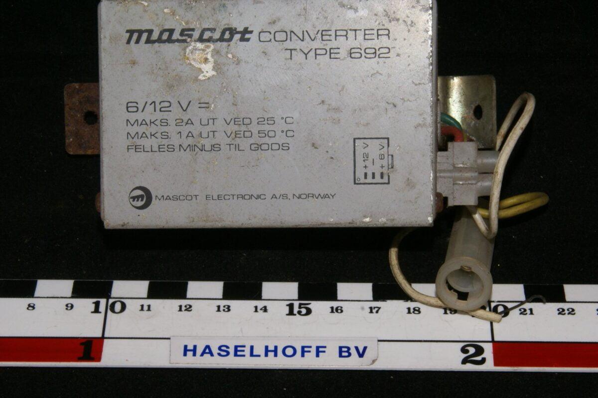 DSC01044 converter tyoe 692 6V 12 V