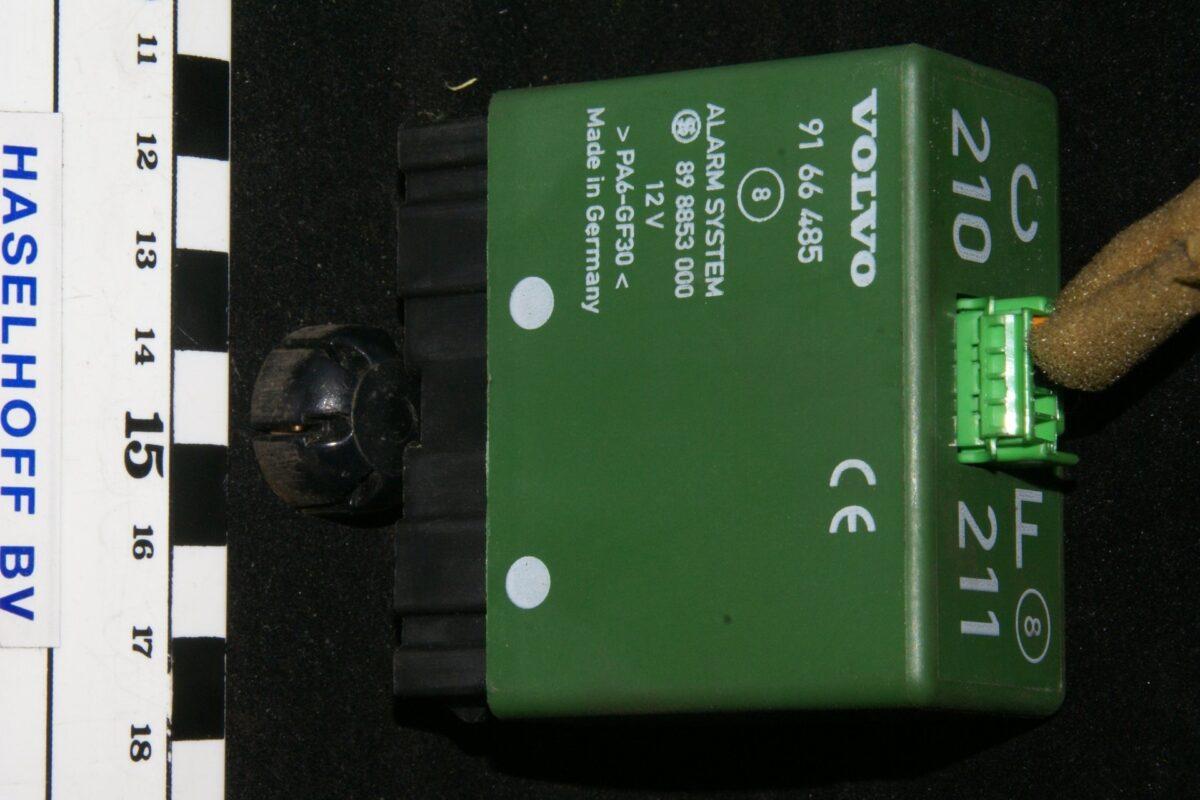DSC01065 relais Volvo CF 210-211 9166485