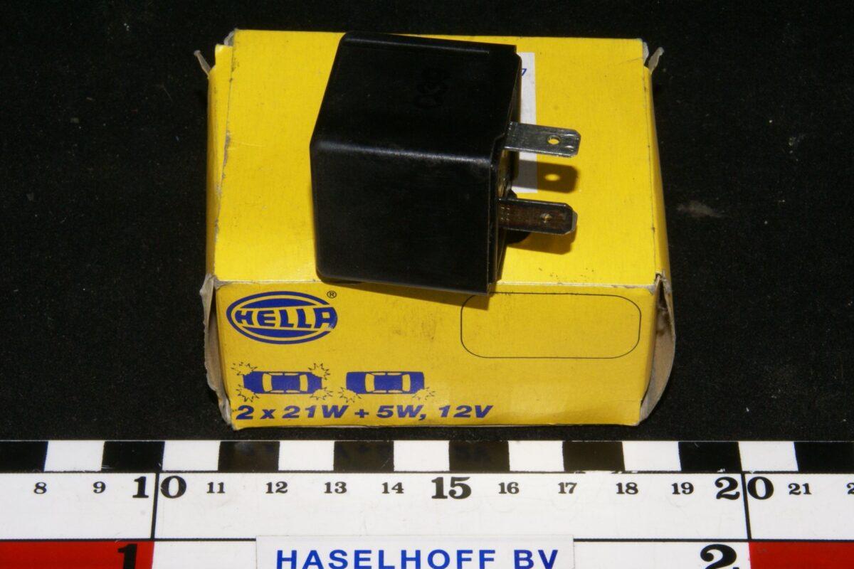 DSC01072 relais Volvo HELLA 2 x 21 W + 5 W