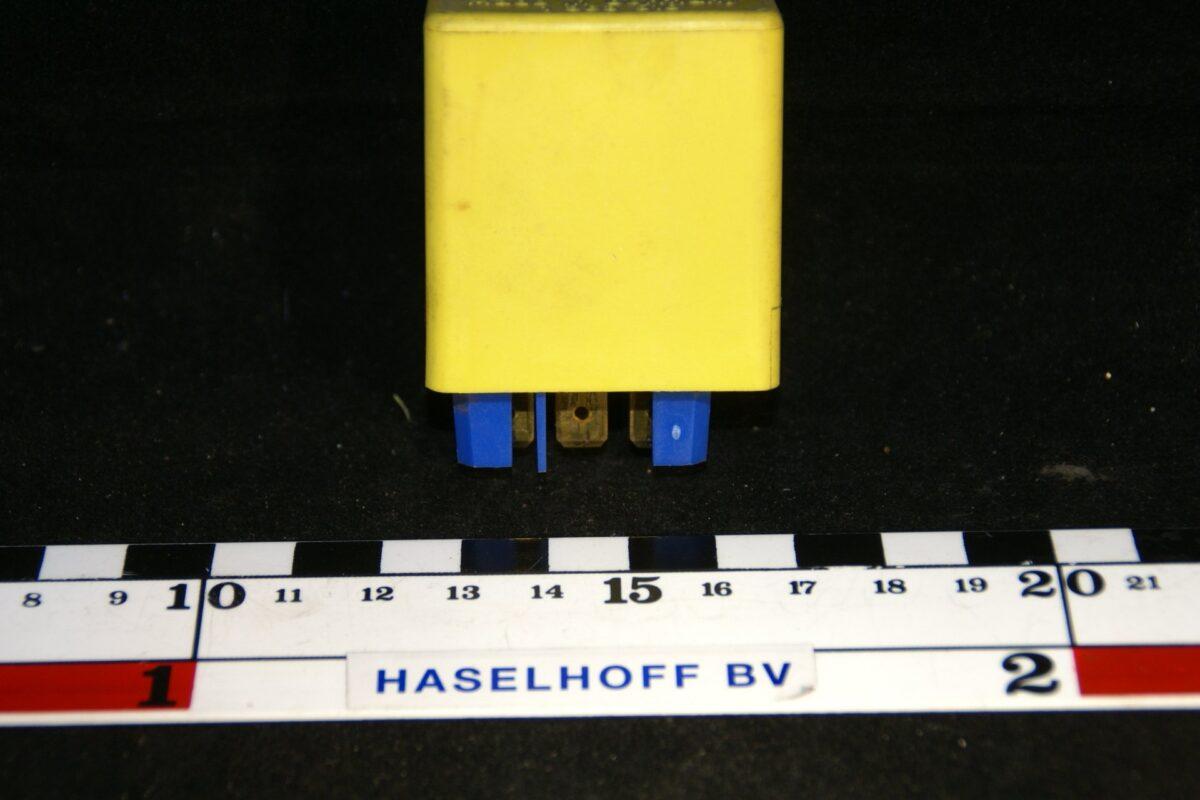 DSC01148 relais Volvo 1363516