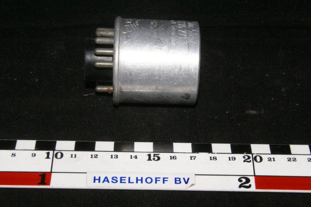 DSC01213 relais Volvo 1235271