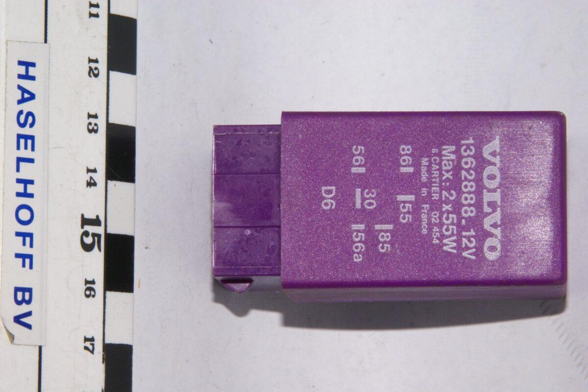 DSC01250 relais Volvo CARTIER 1362888 02454