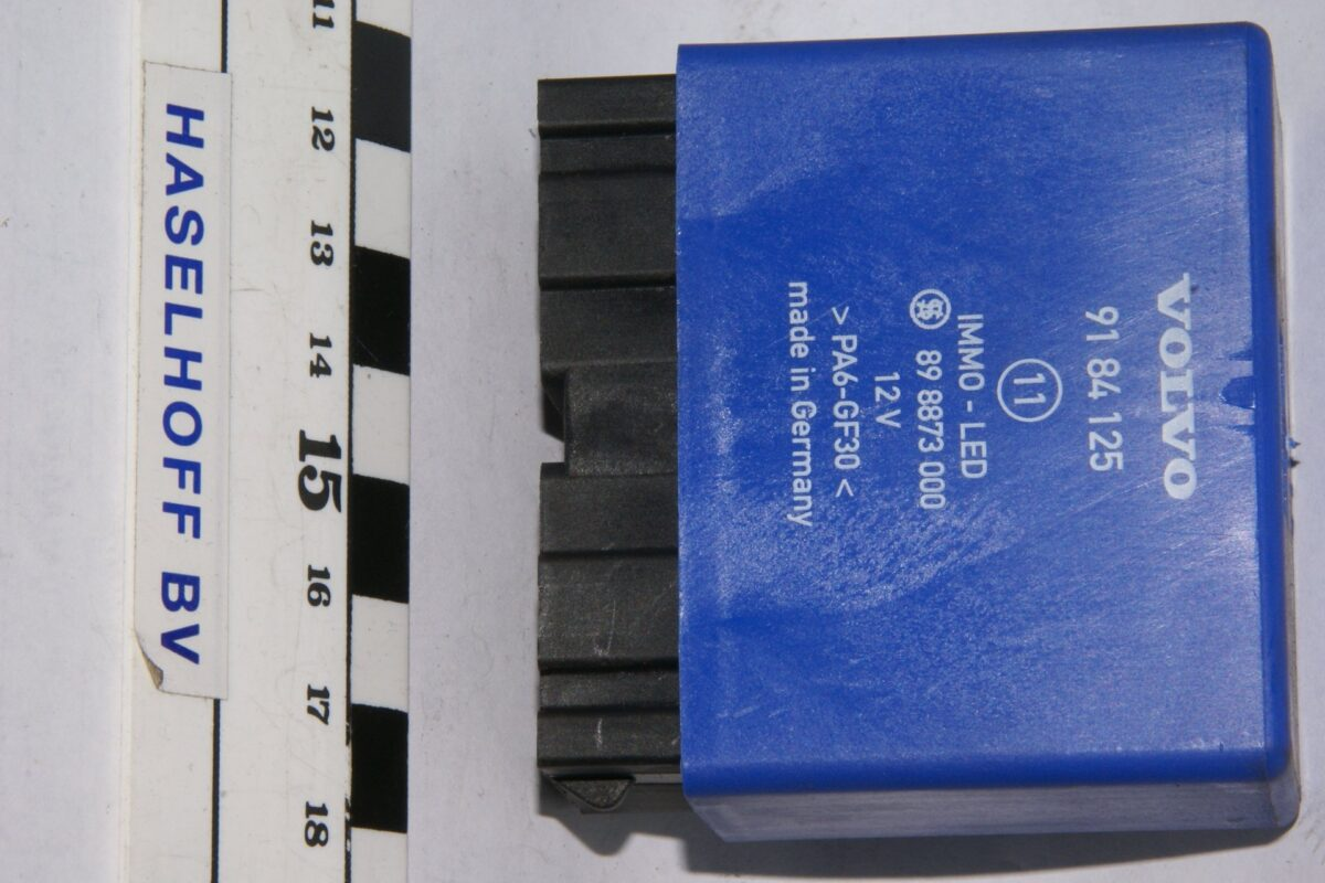 DSC01271 relais Volvo 9184125 89887300